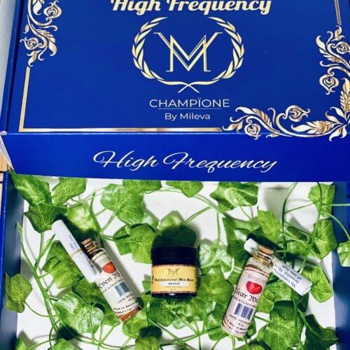 Champïone Explorer Gift Set